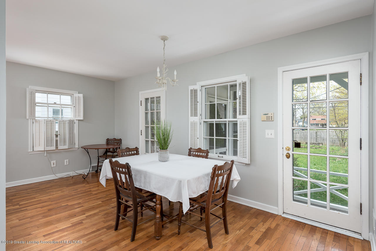 429 Bailey St - Bright Dining Room - 4