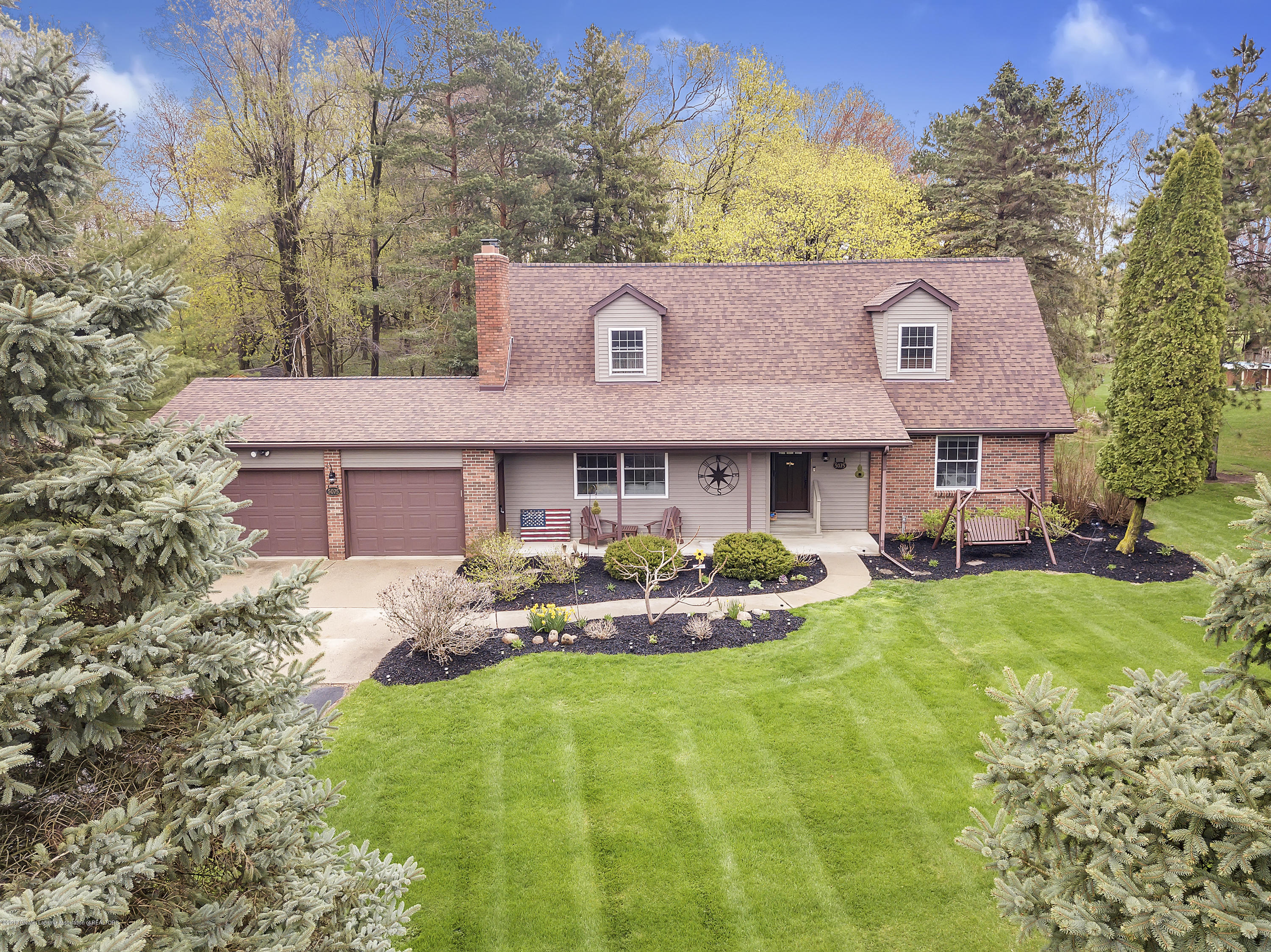 5075 Lake Dr - 5075-Lake-Dr-Owosso-windowstill-3 - 3