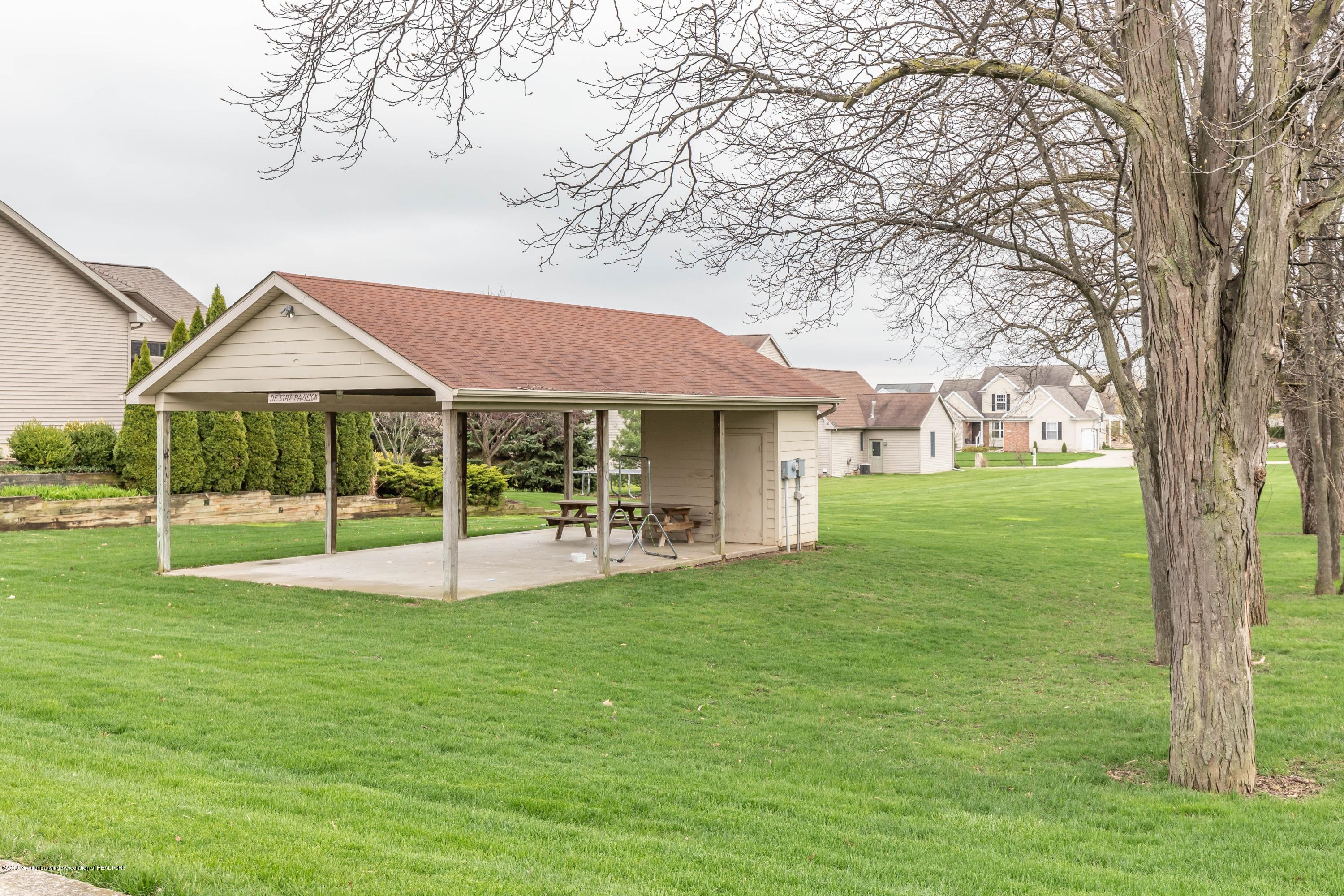 3150 Crofton Dr - shed - 84