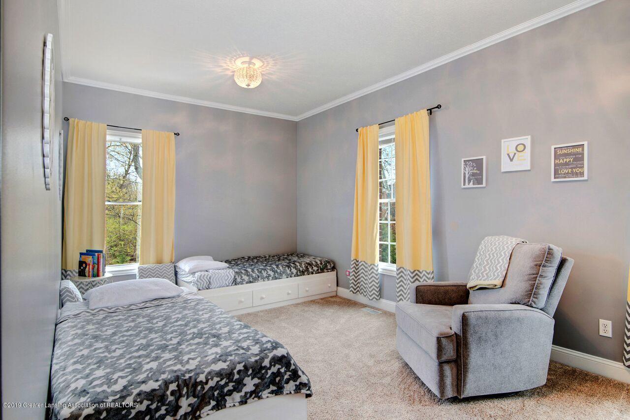 6389 Ridgepond Dr - Bedroom 2 1 - 25