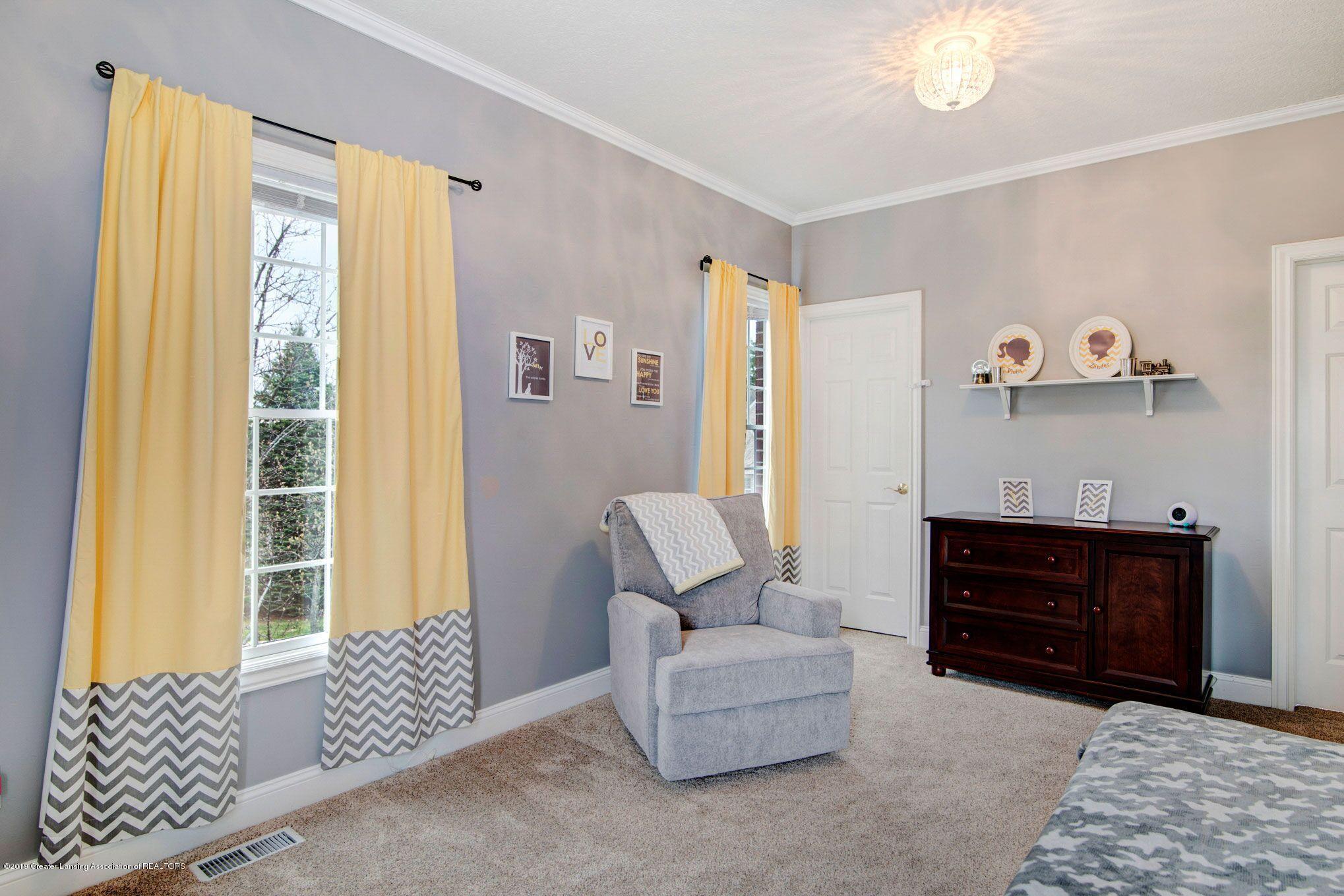 6389 Ridgepond Dr - Bedroom 2 2 - 26