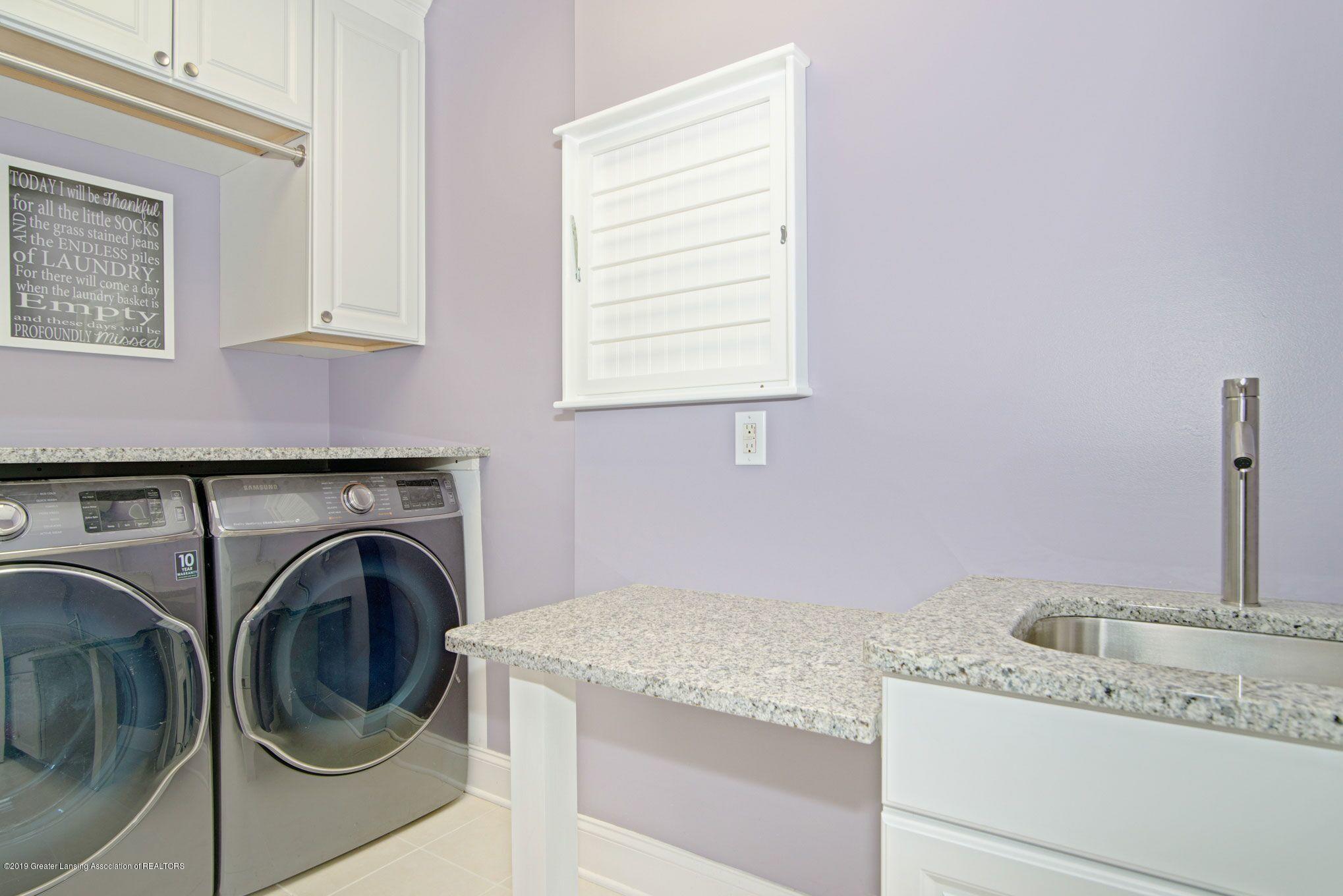 6389 Ridgepond Dr - Laundry - 35