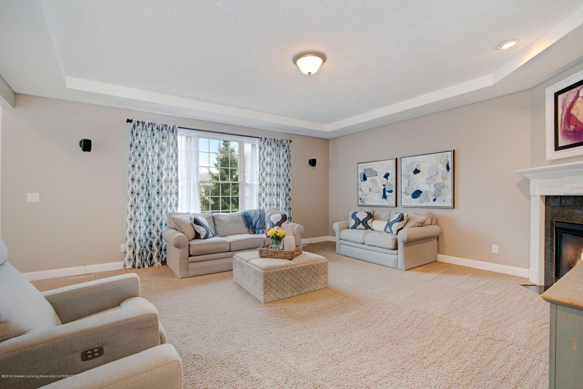 6389 Ridgepond Dr - Living Room 2 - 4
