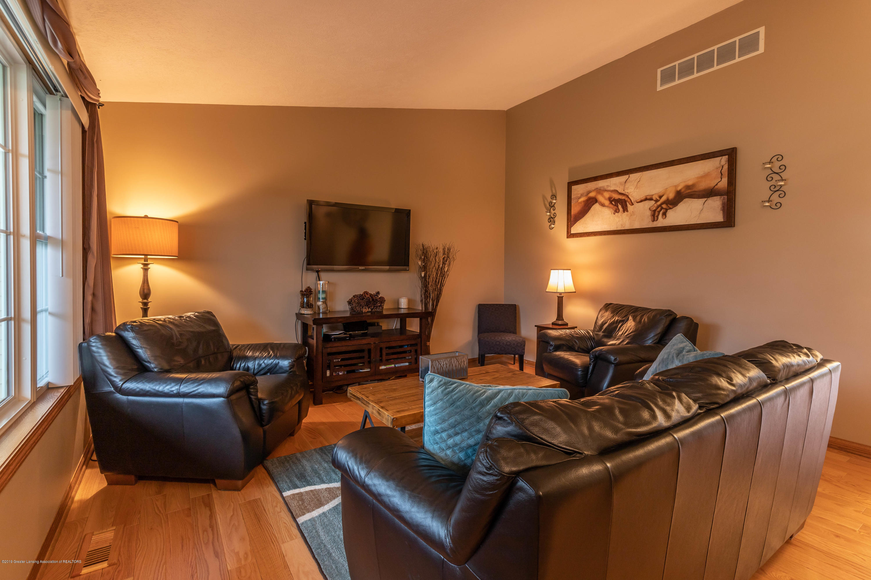 6515 N Scott Rd - Living Room - 4