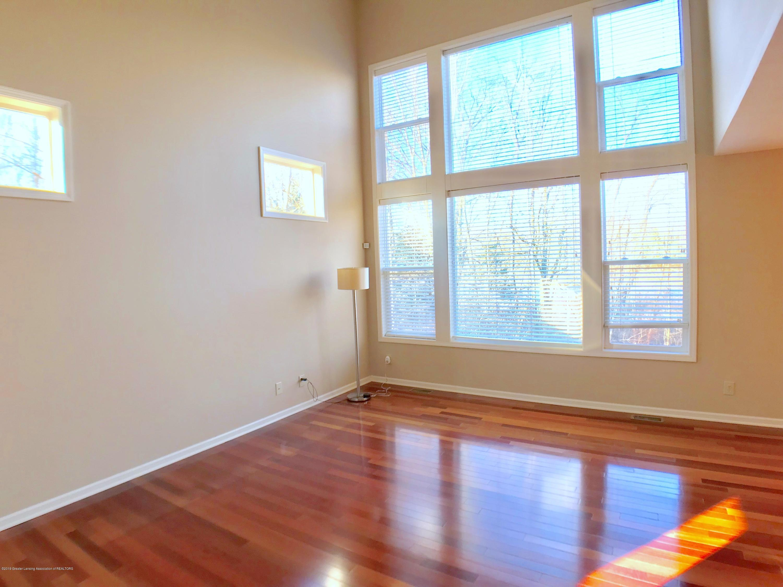 2365 Fieldstone Dr - Living Room - 4