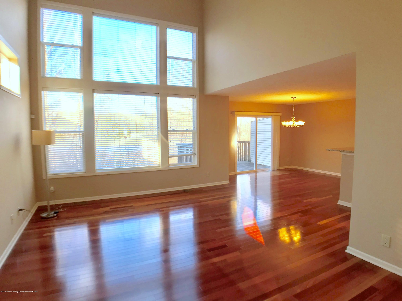 2365 Fieldstone Dr - Living Room - 2
