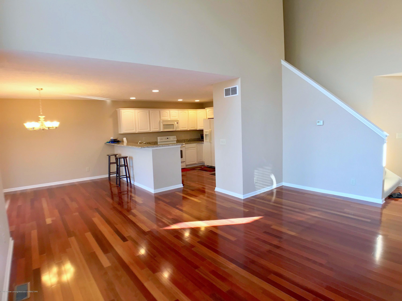 2365 Fieldstone Dr - Main Floor - 5