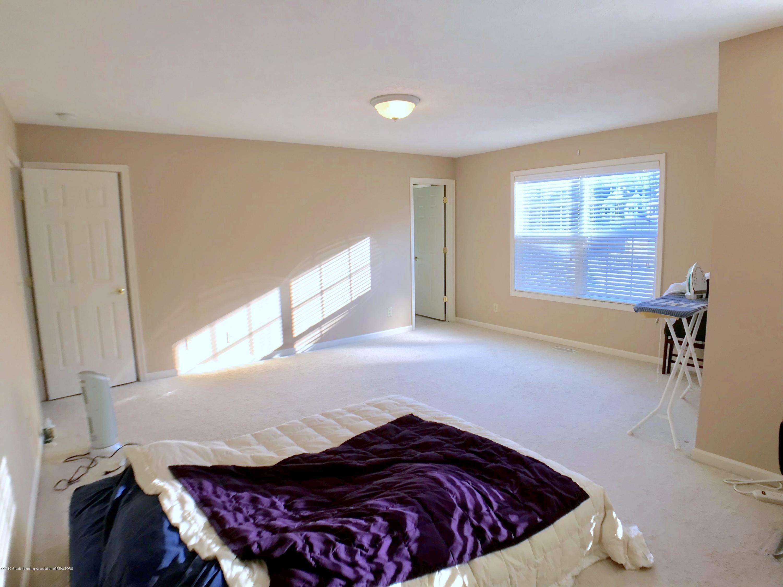 2365 Fieldstone Dr - Master Bedroom - 13