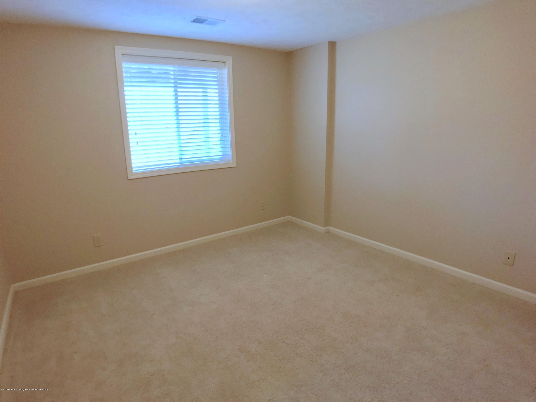 2365 Fieldstone Dr - Lower Level Bedroom - 22