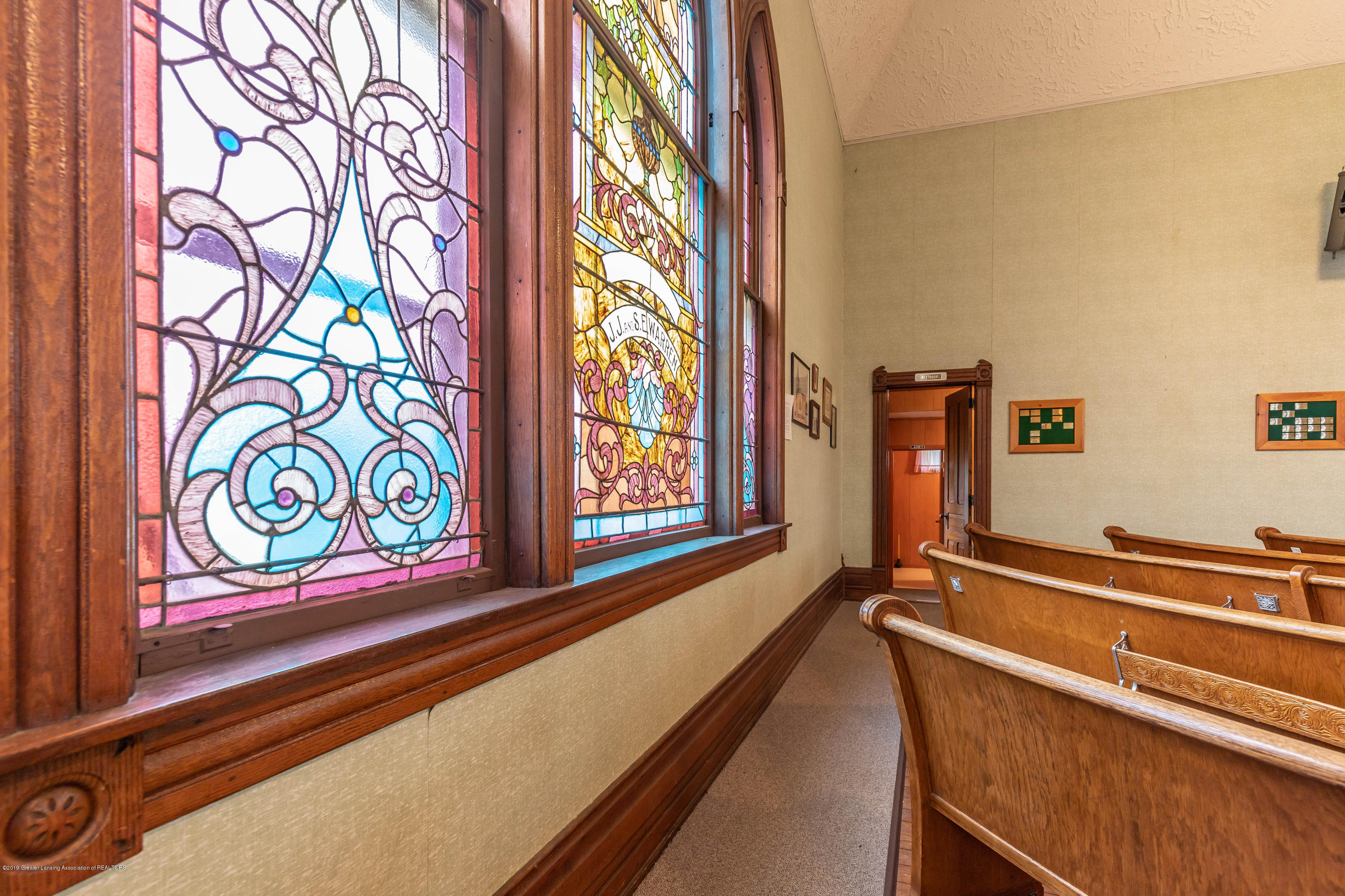 6505 N Scott Rd - Stained Glass Windows - 10