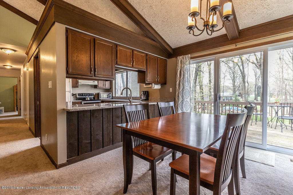1653 Menominee Dr - menomineedining(1of1) - 6