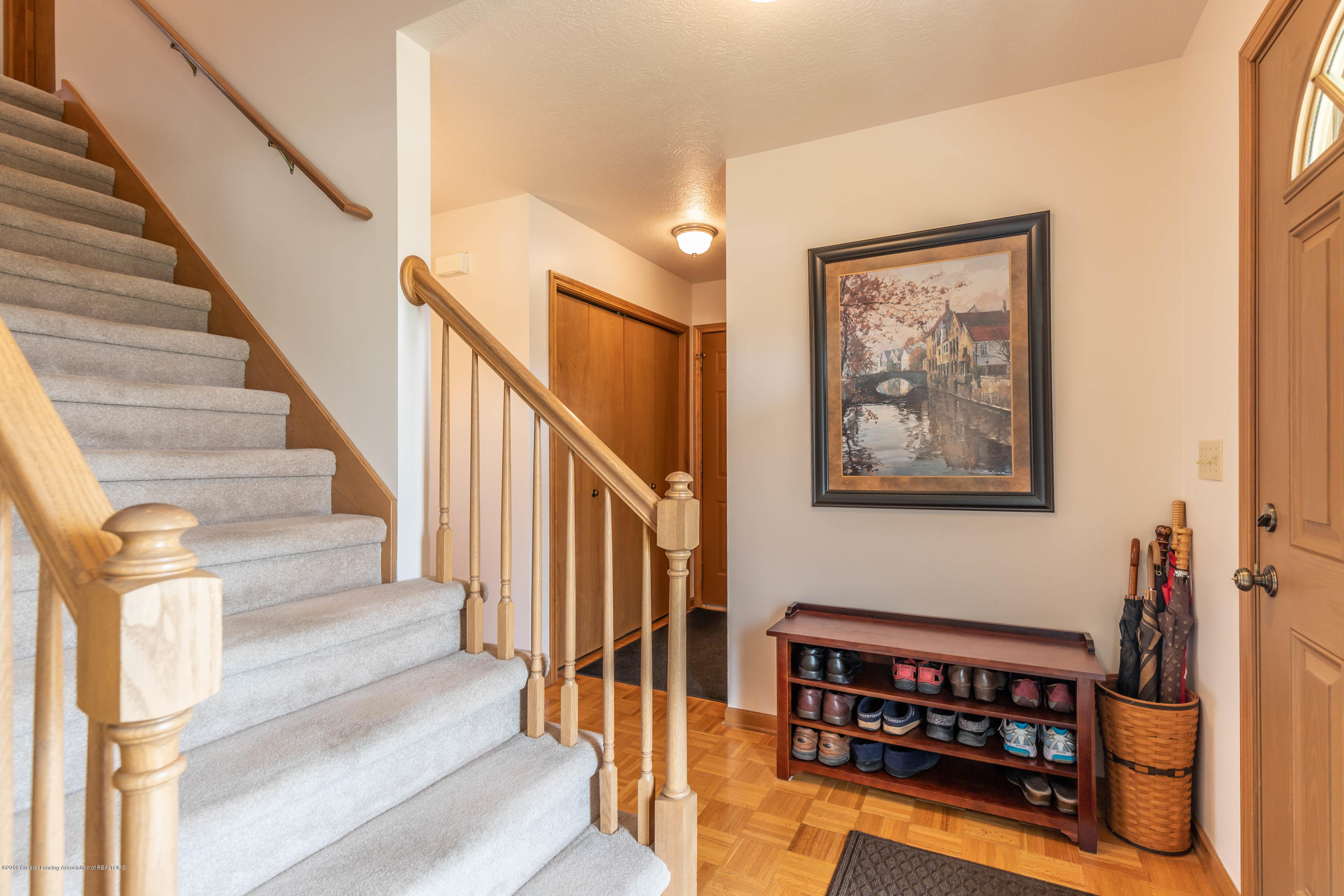 3973 Windy Heights Dr - windyheightfoyer3 (1 of 1) - 12