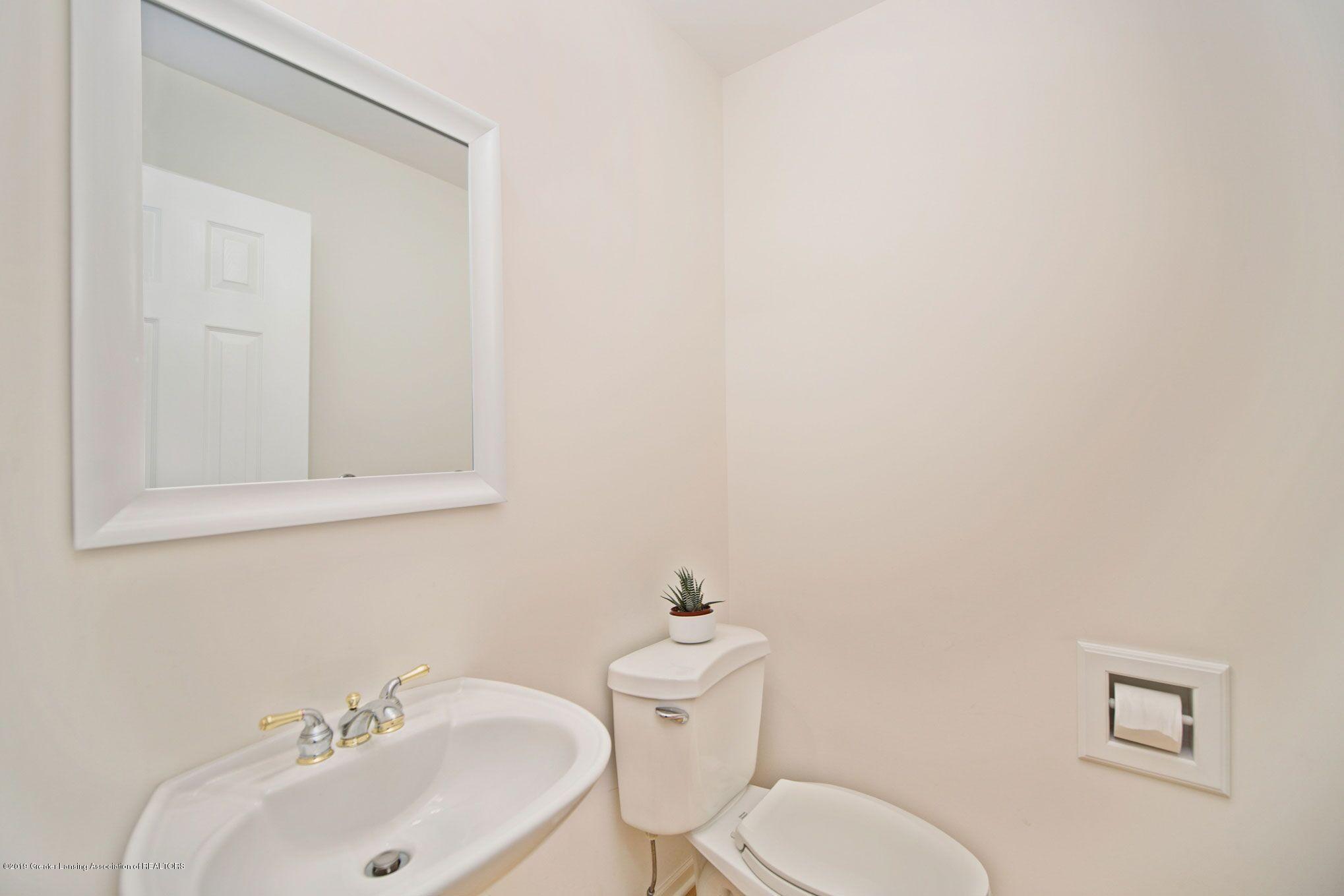 1265 Sweetwood Dr - 1st floor half bath - 26