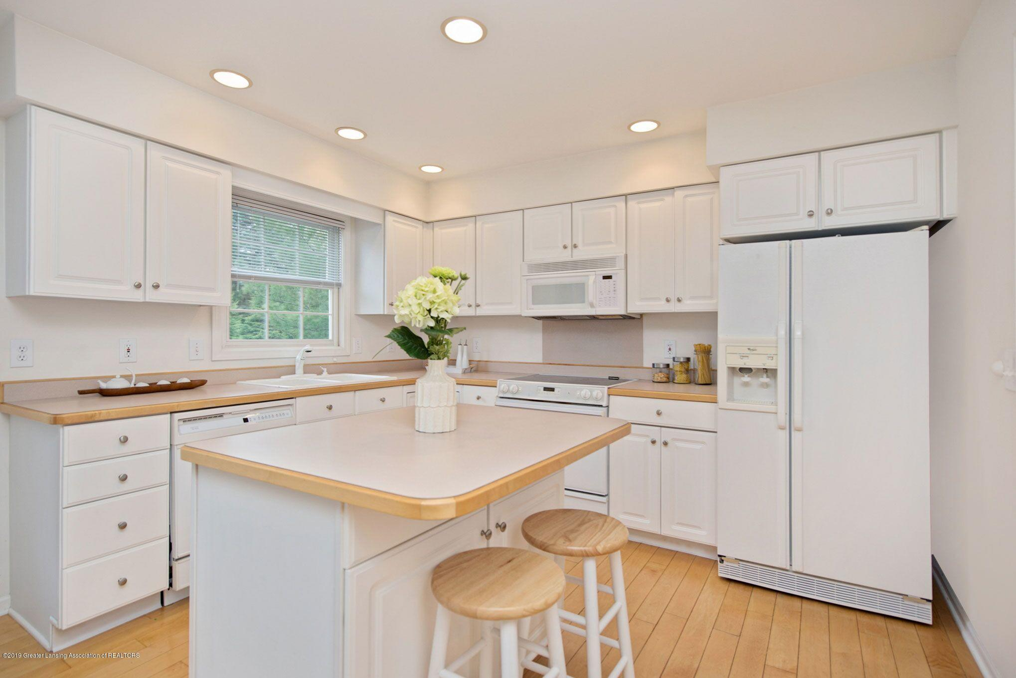 1265 Sweetwood Dr - Kitchen 2 - 12