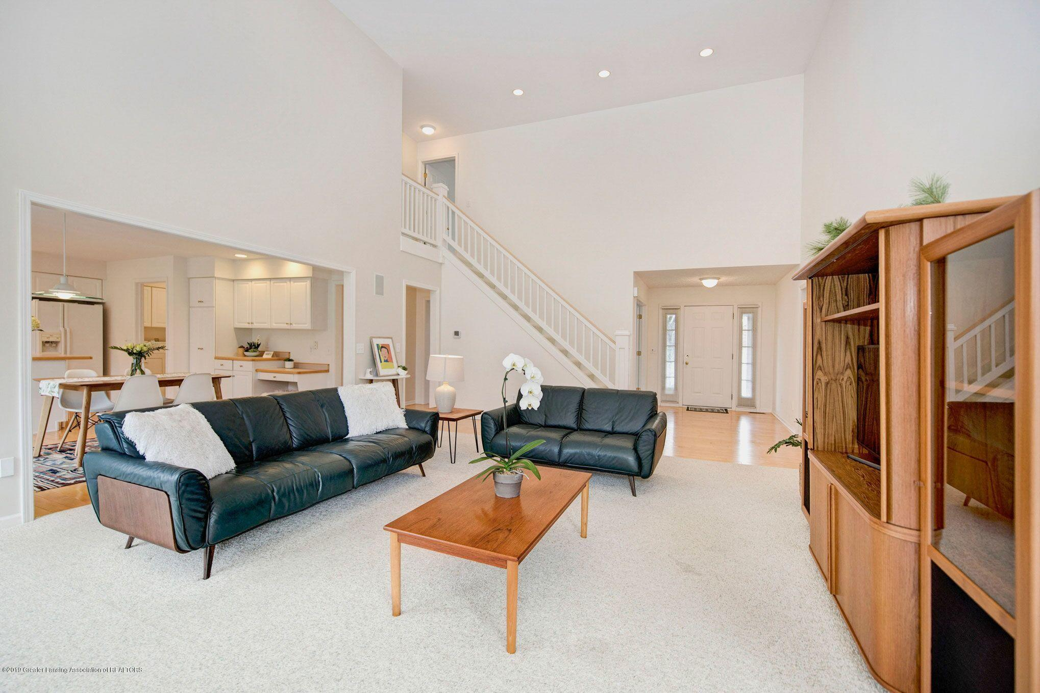 1265 Sweetwood Dr - Living room - 7