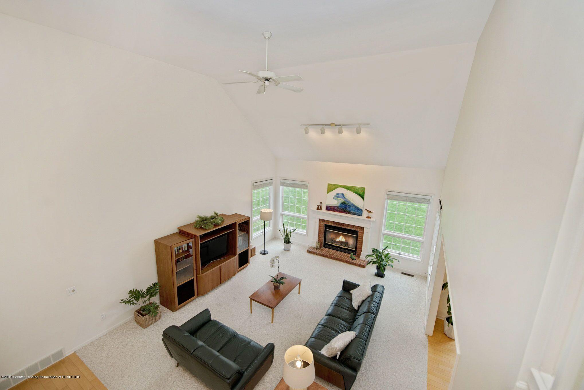 1265 Sweetwood Dr - Vaulted Ceiling Great Room 2 - 13