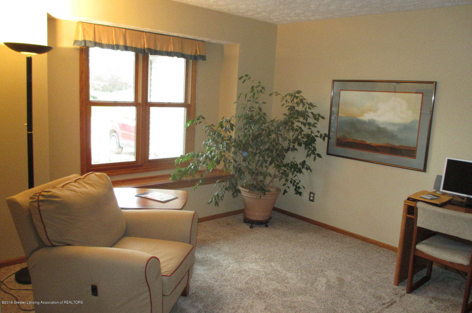 223 Wedgewood Dr - 14 Dining Rm or Parlor - 14