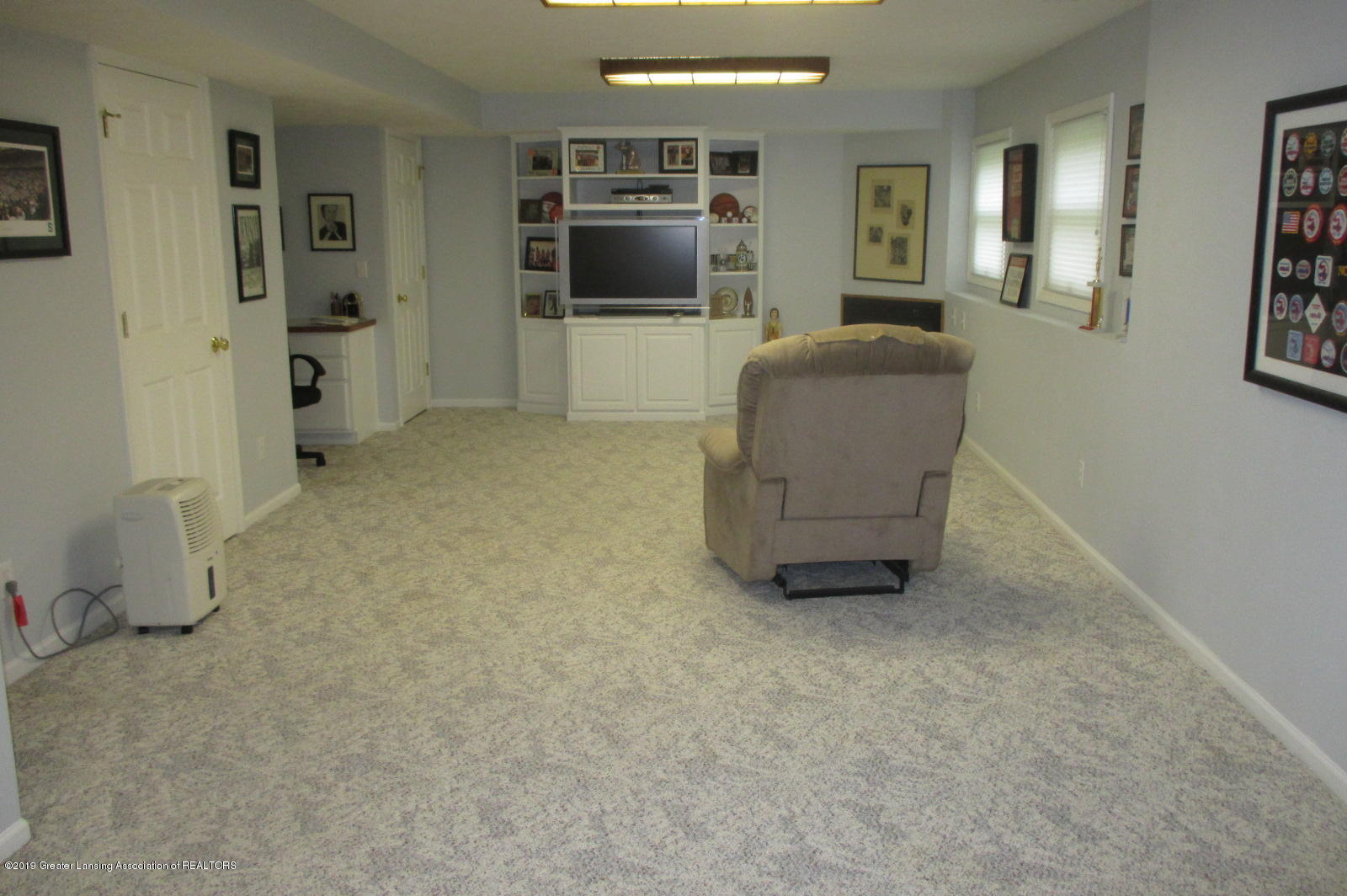 223 Wedgewood Dr - 26 LL Family Rm - 26