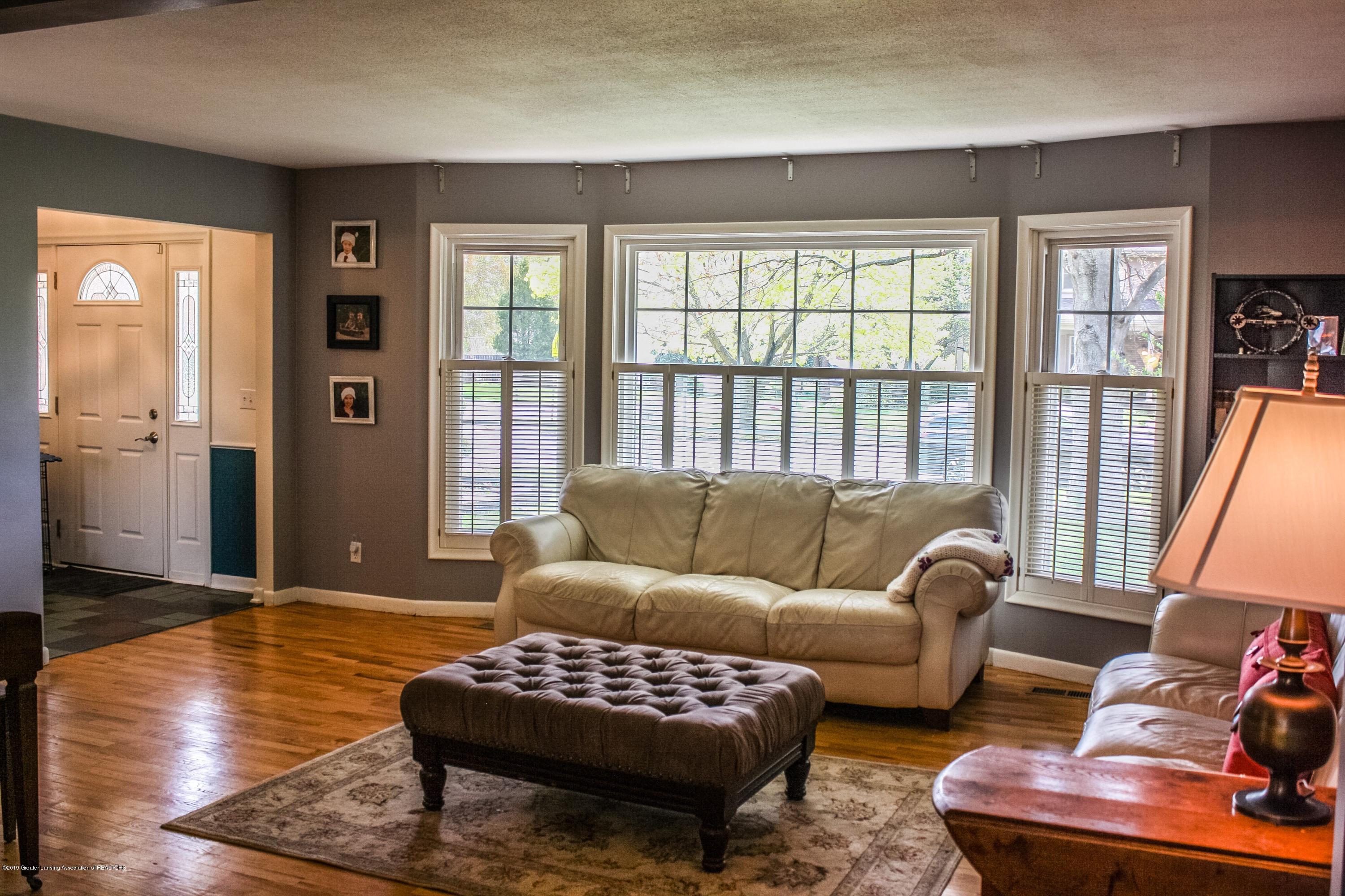 2932 Colony Dr - Living Room - 14