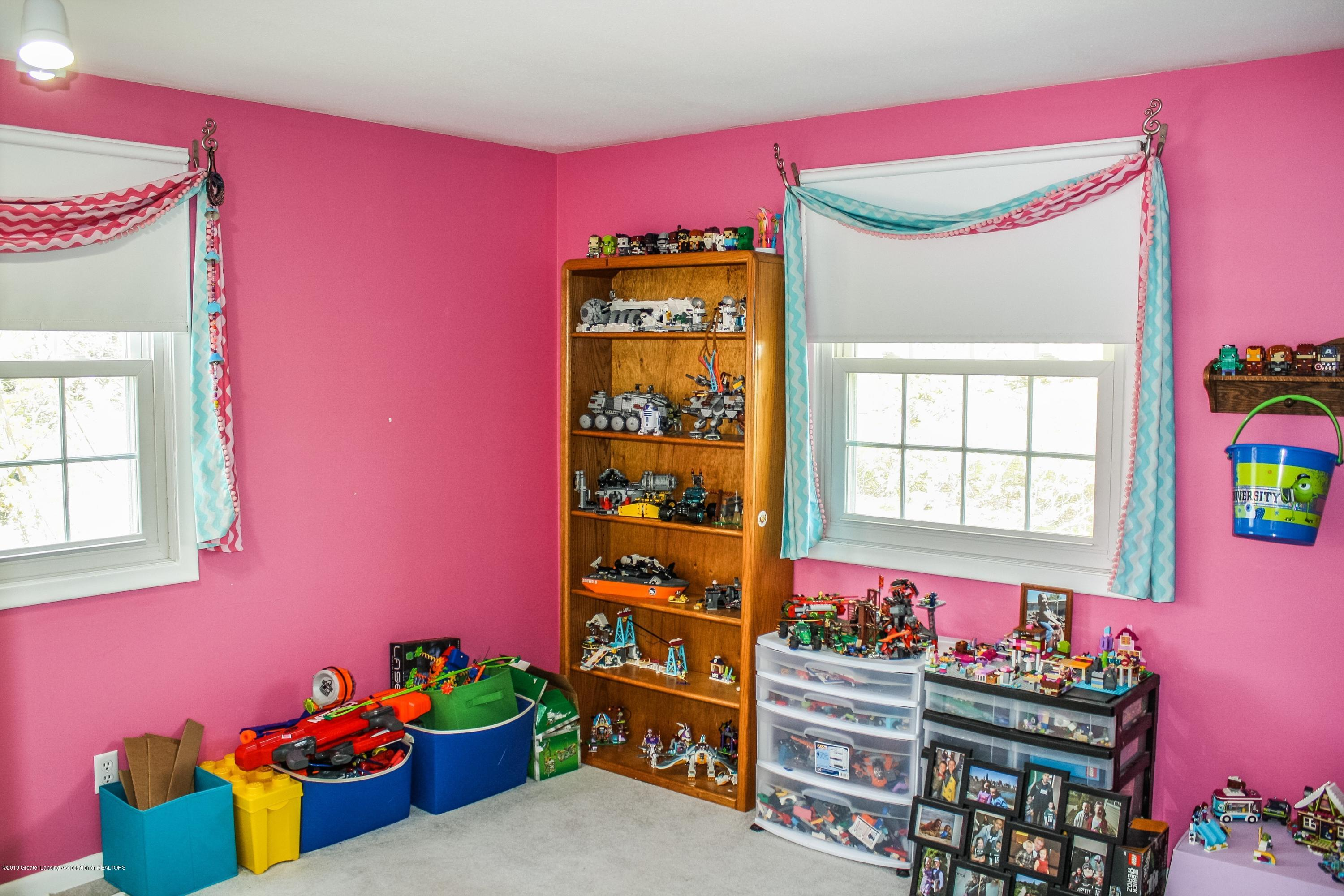 2932 Colony Dr - Bedroom - 35