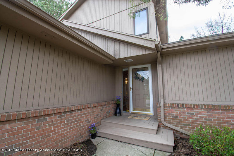 5258 E Hidden Lake Dr - Walkway to Front Door - 5