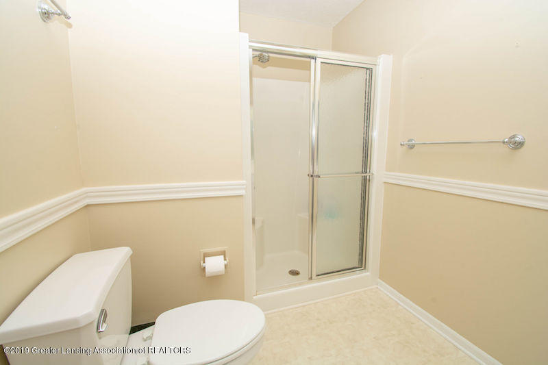 5258 E Hidden Lake Dr - Master Bath - 24