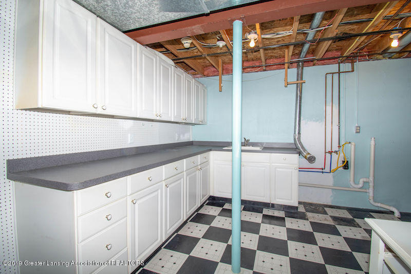 5258 E Hidden Lake Dr - Laundry Room - 36
