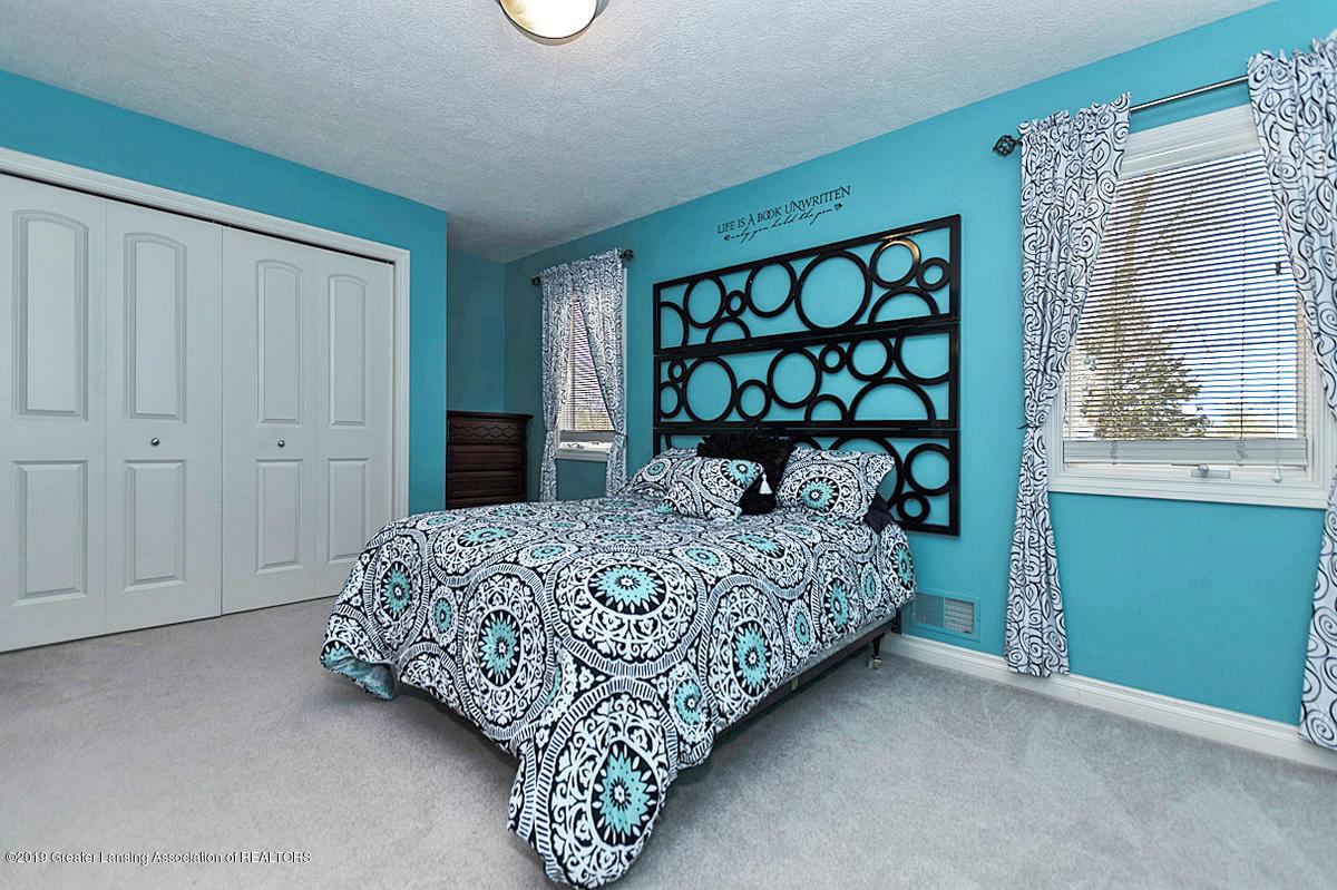 6010 Sleepy Hollow Ln - Bedroom - 20
