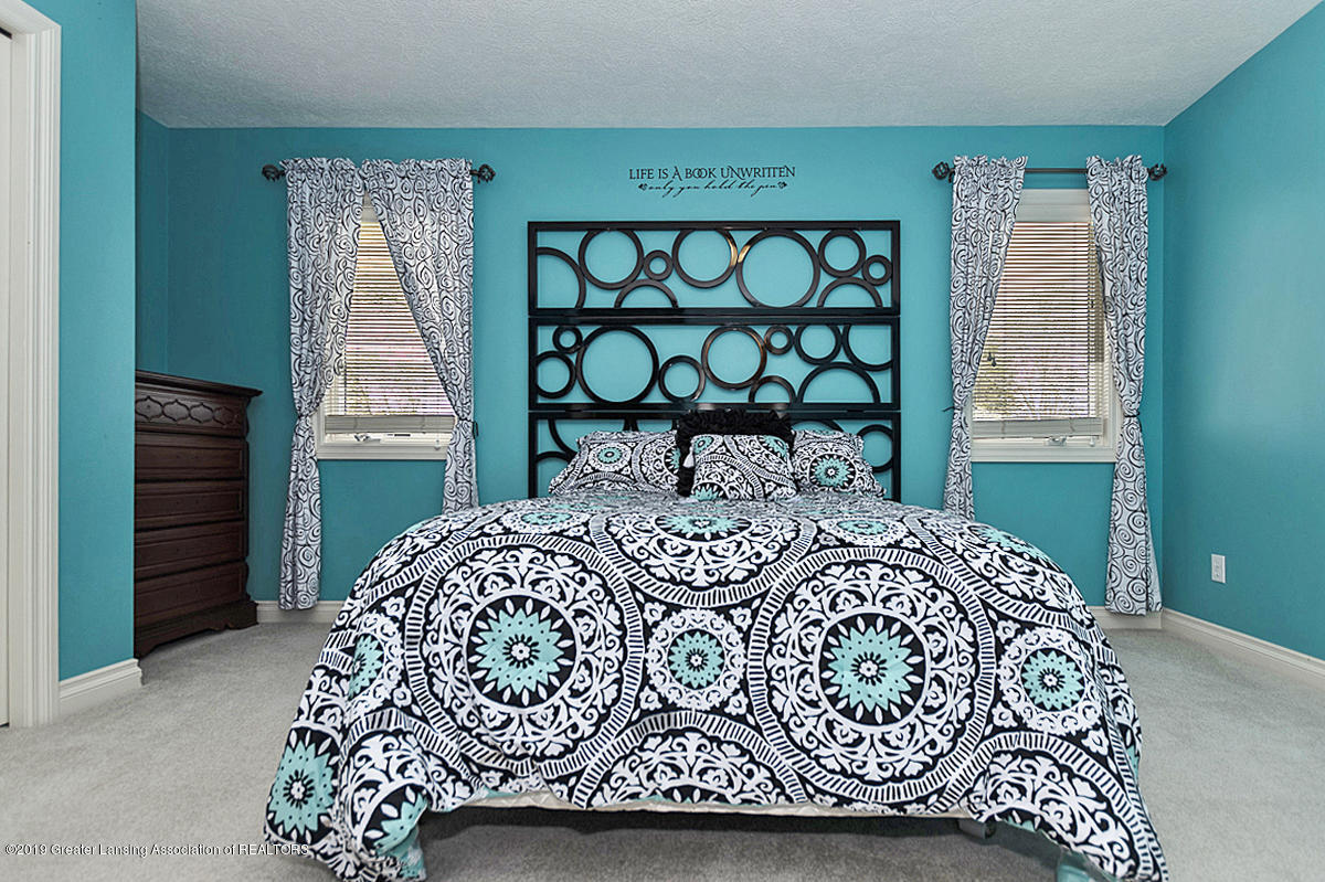6010 Sleepy Hollow Ln - Bedroom - 21