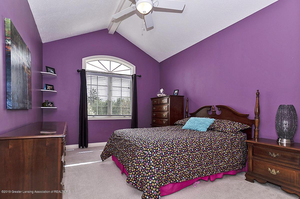 6010 Sleepy Hollow Ln - Bedroom - 23