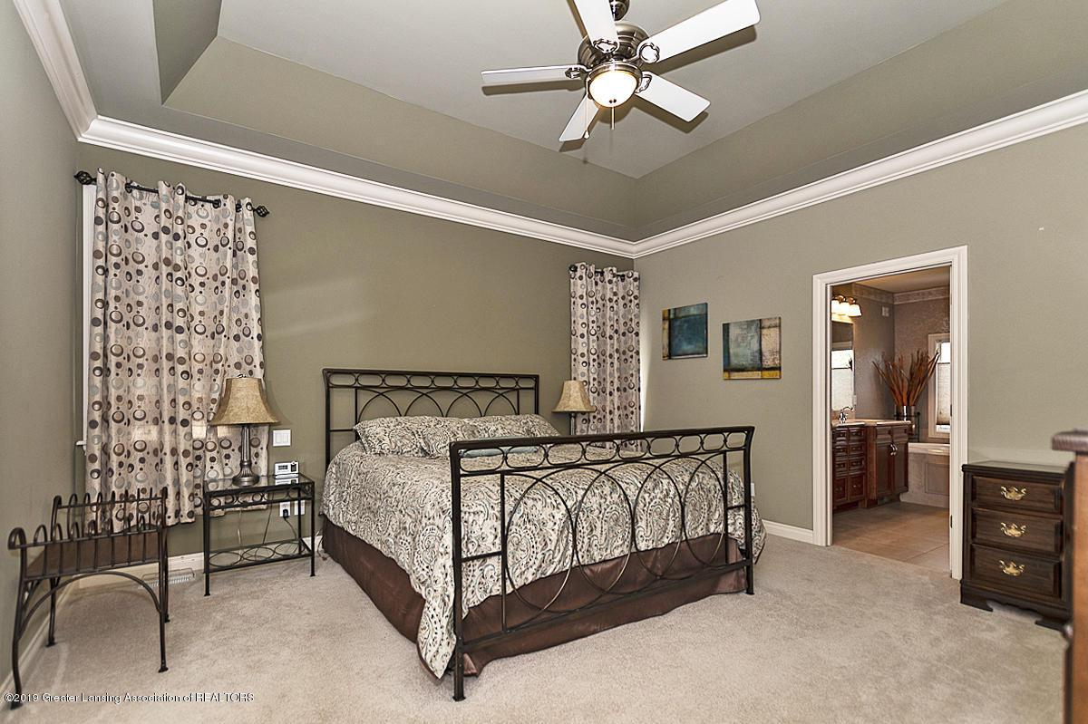 6010 Sleepy Hollow Ln - Master Bedroom - 29