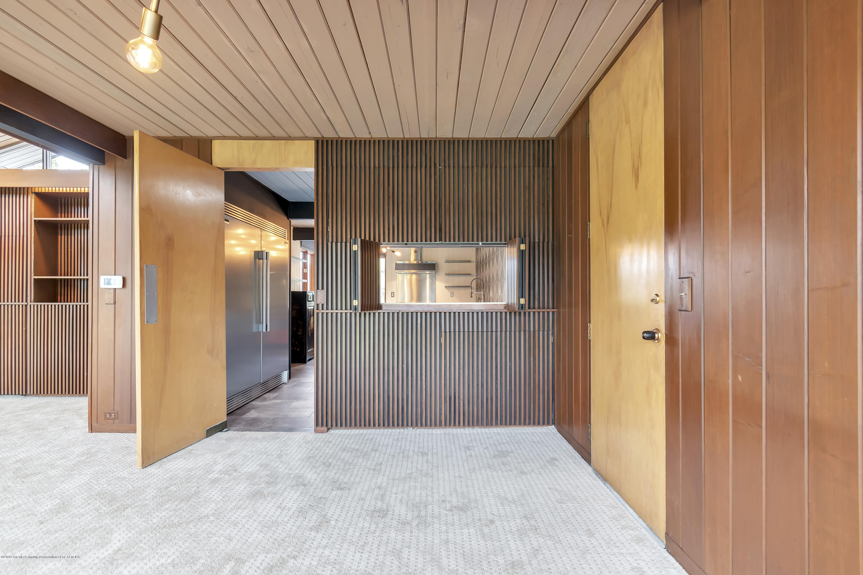 4702 Huron Hill Dr - Dining Room - 21