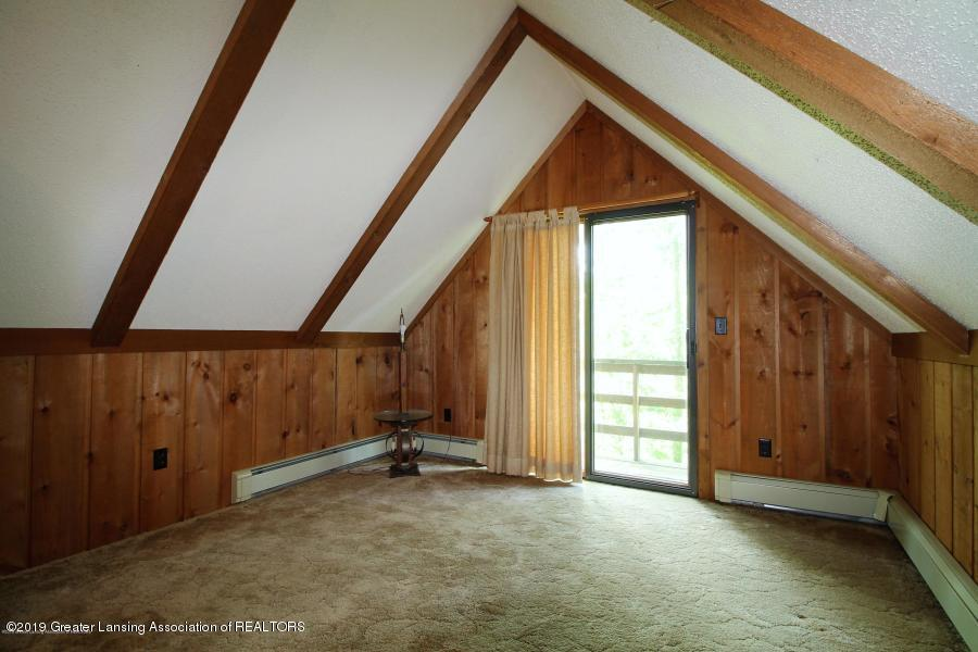 12895 Eaton Rapids Rd - Bedroom 2 - 25