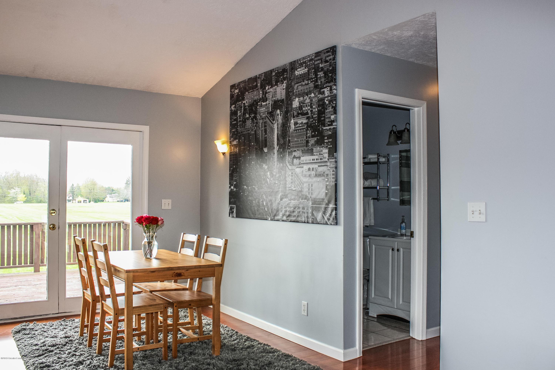 109 W Oak St - untitled-5570 - 9