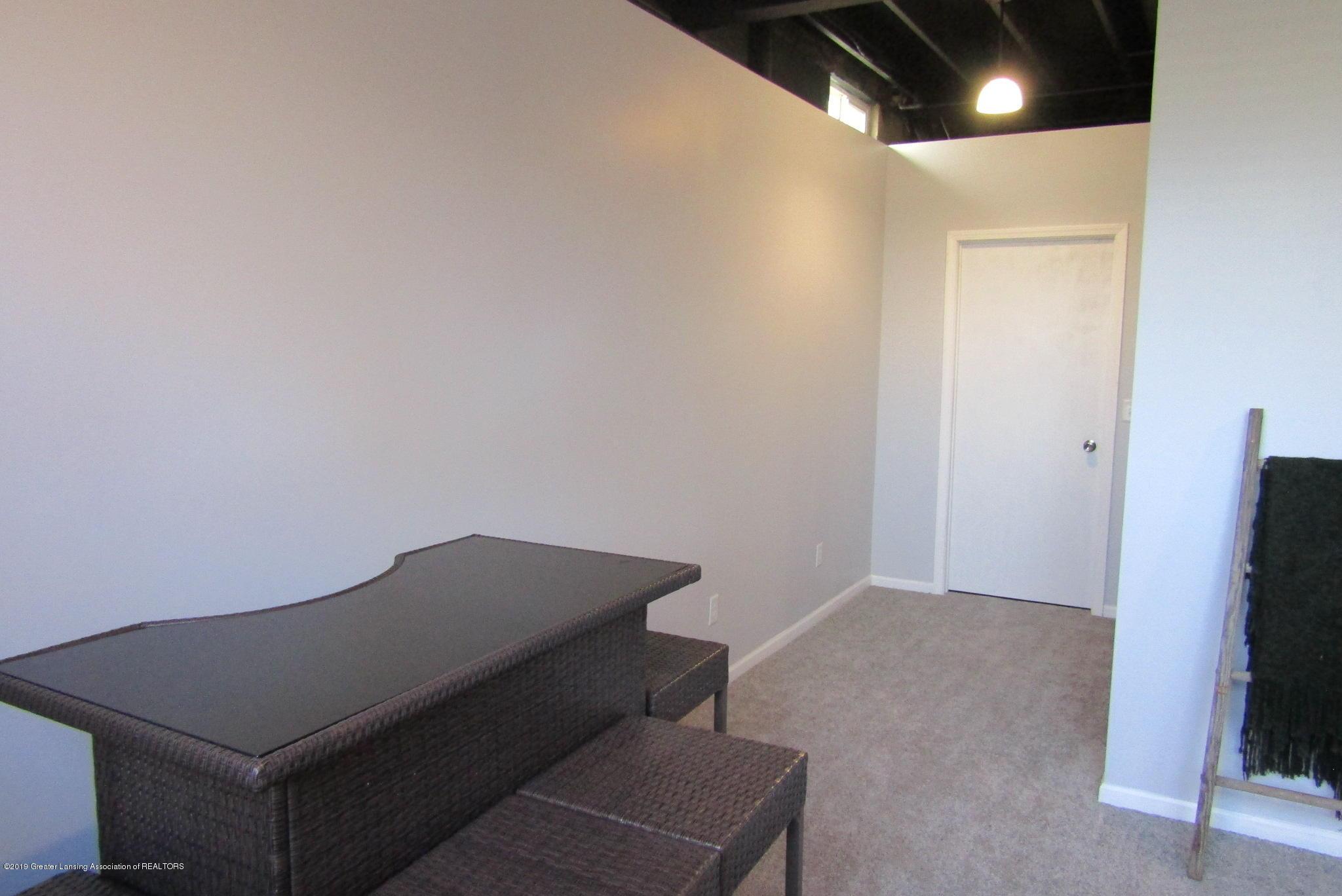 1868 Mockingbird Dr - Rec Room - 35