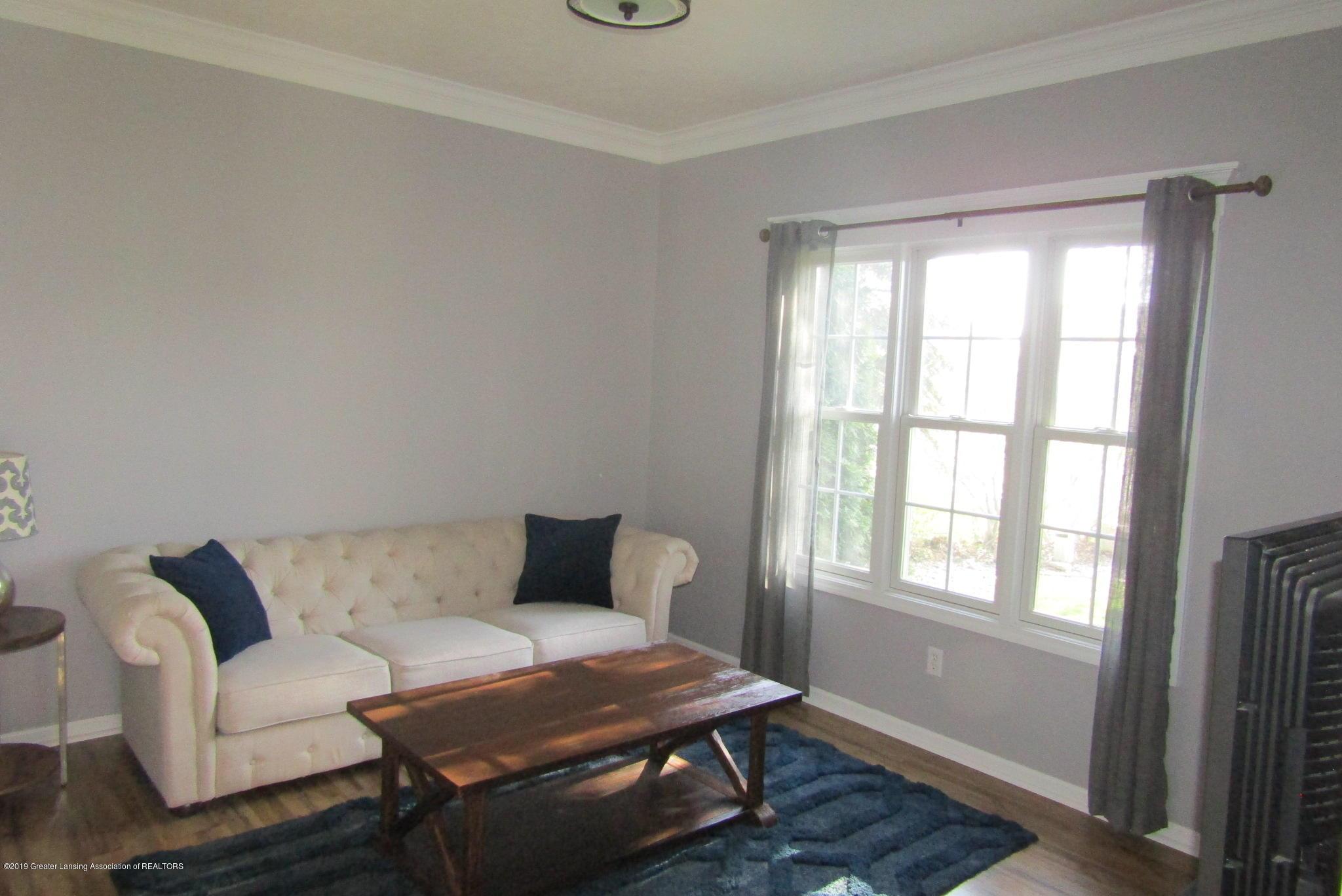 1868 Mockingbird Dr - Living Room - 14