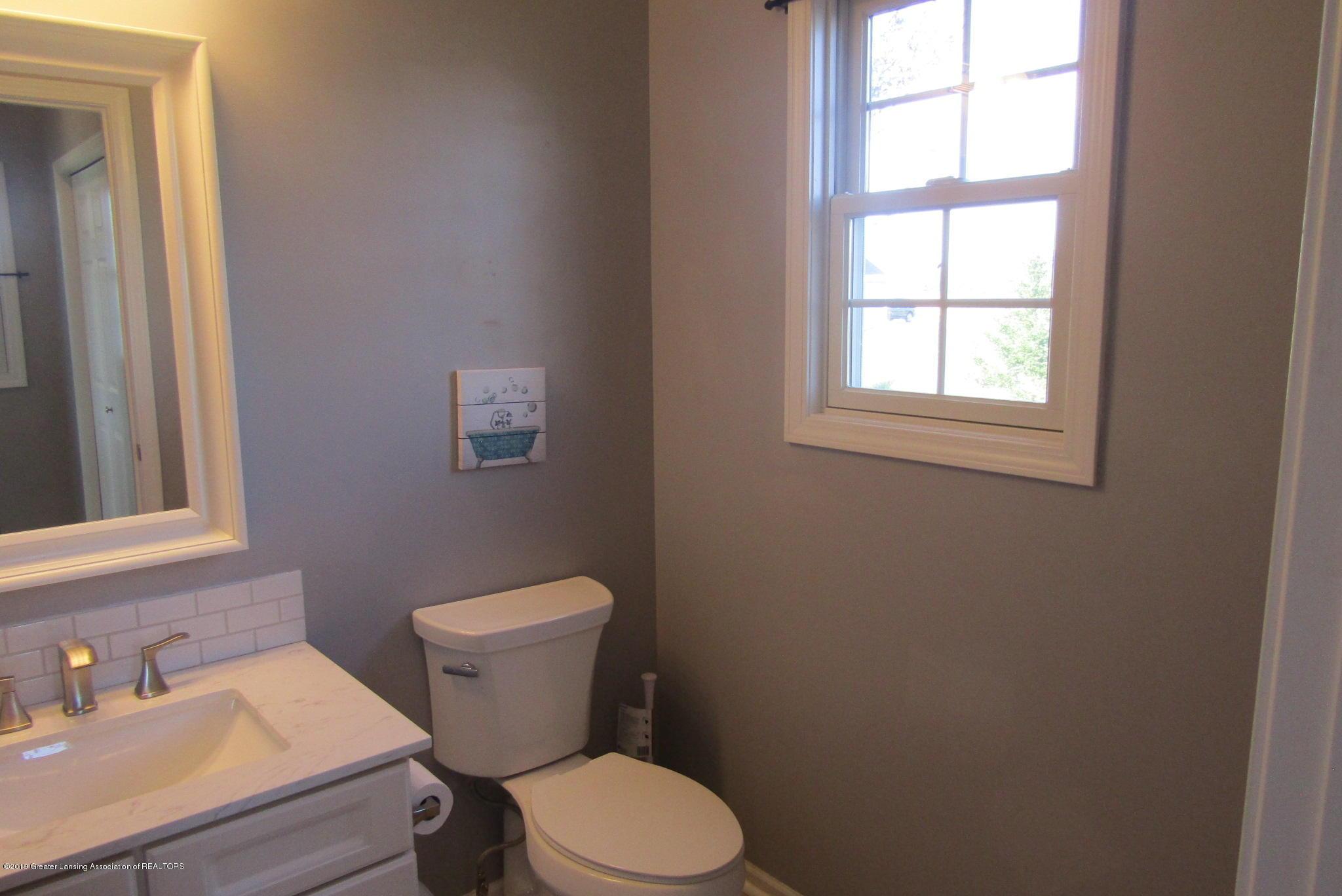 1868 Mockingbird Dr - Bathroom - 19