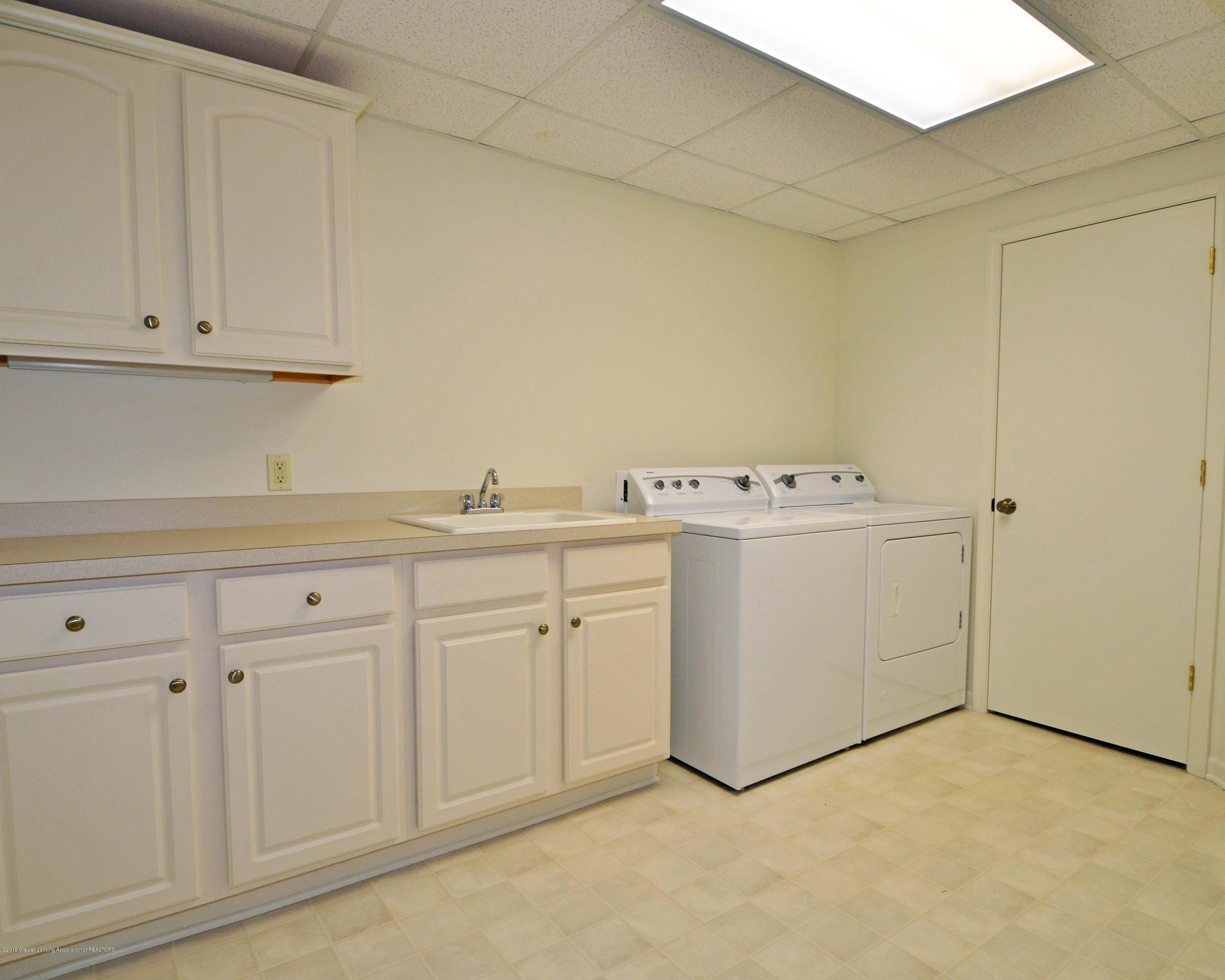 4711 Arapaho Trail - 38Lower Level Laundry - 30