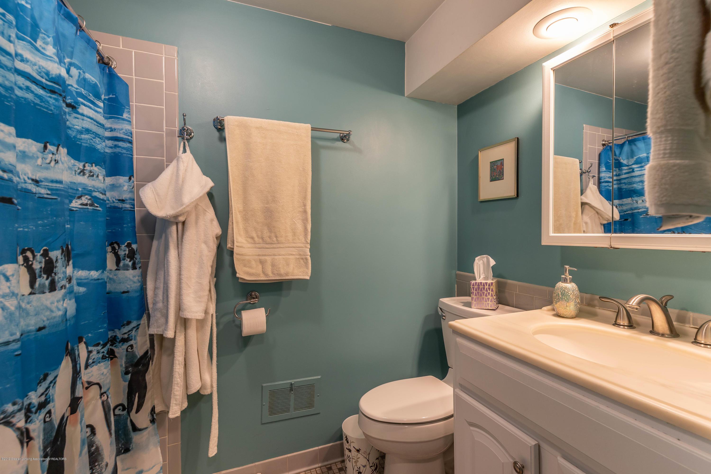 2170 Lagoon Dr - Bathroom 2 - 27