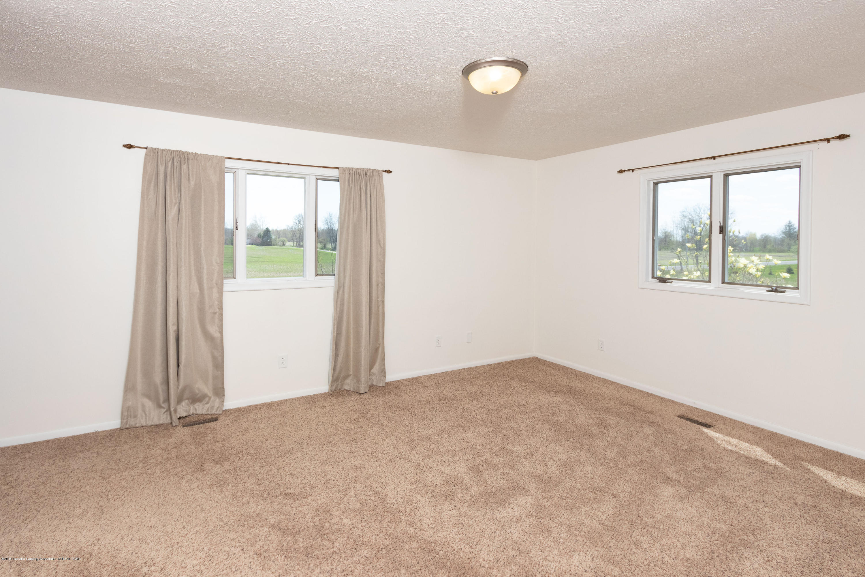 415 Holt Rd - Master bedroom - 28