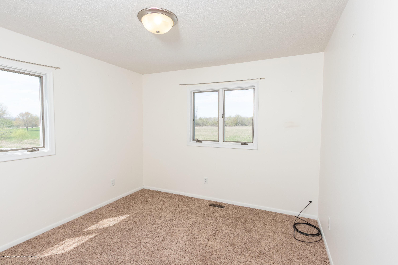 415 Holt Rd - 2nd Bedroom - 31