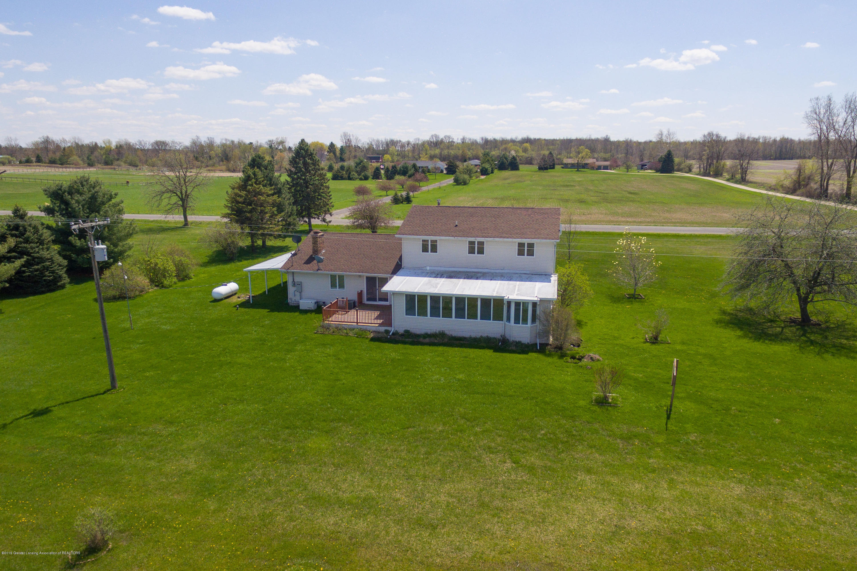415 Holt Rd - Aerial rear view - 44