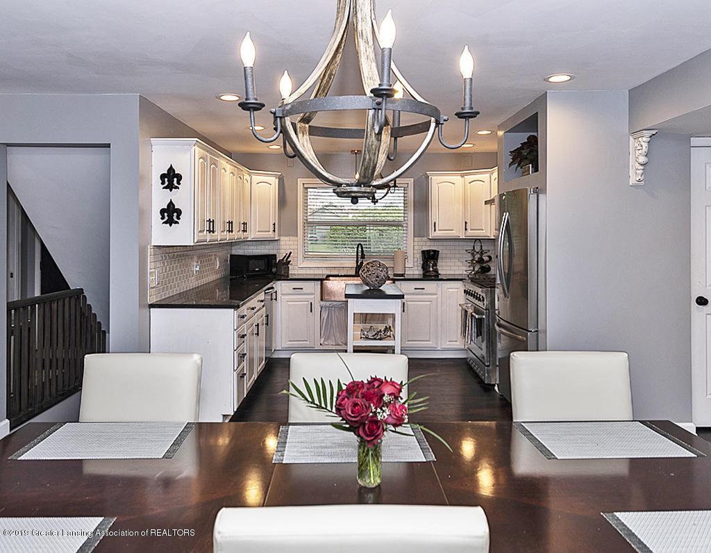10649 Nixon Rd - Gourmet Kitchen - 13