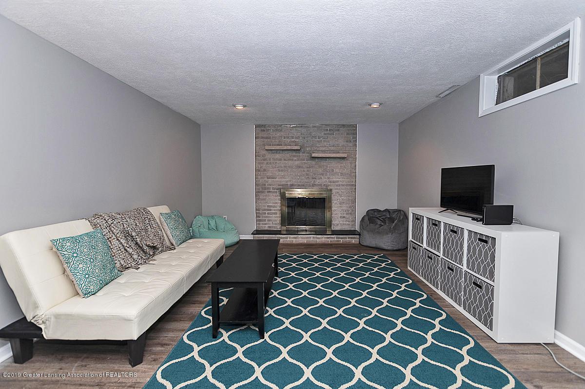 10649 Nixon Rd - Rec Room - 23