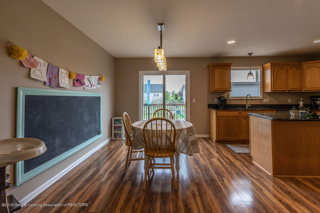 4869 Pine Hill Dr - pinehilldining(1of1) - 8