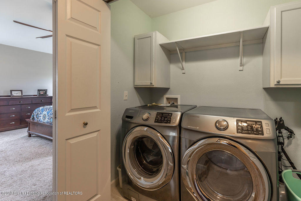 4869 Pine Hill Dr - pinehilllaundry(1of1) - 14