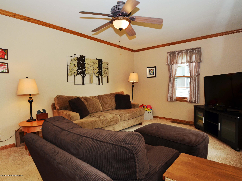 4962 Wilcox Rd - 5Living Room - 5