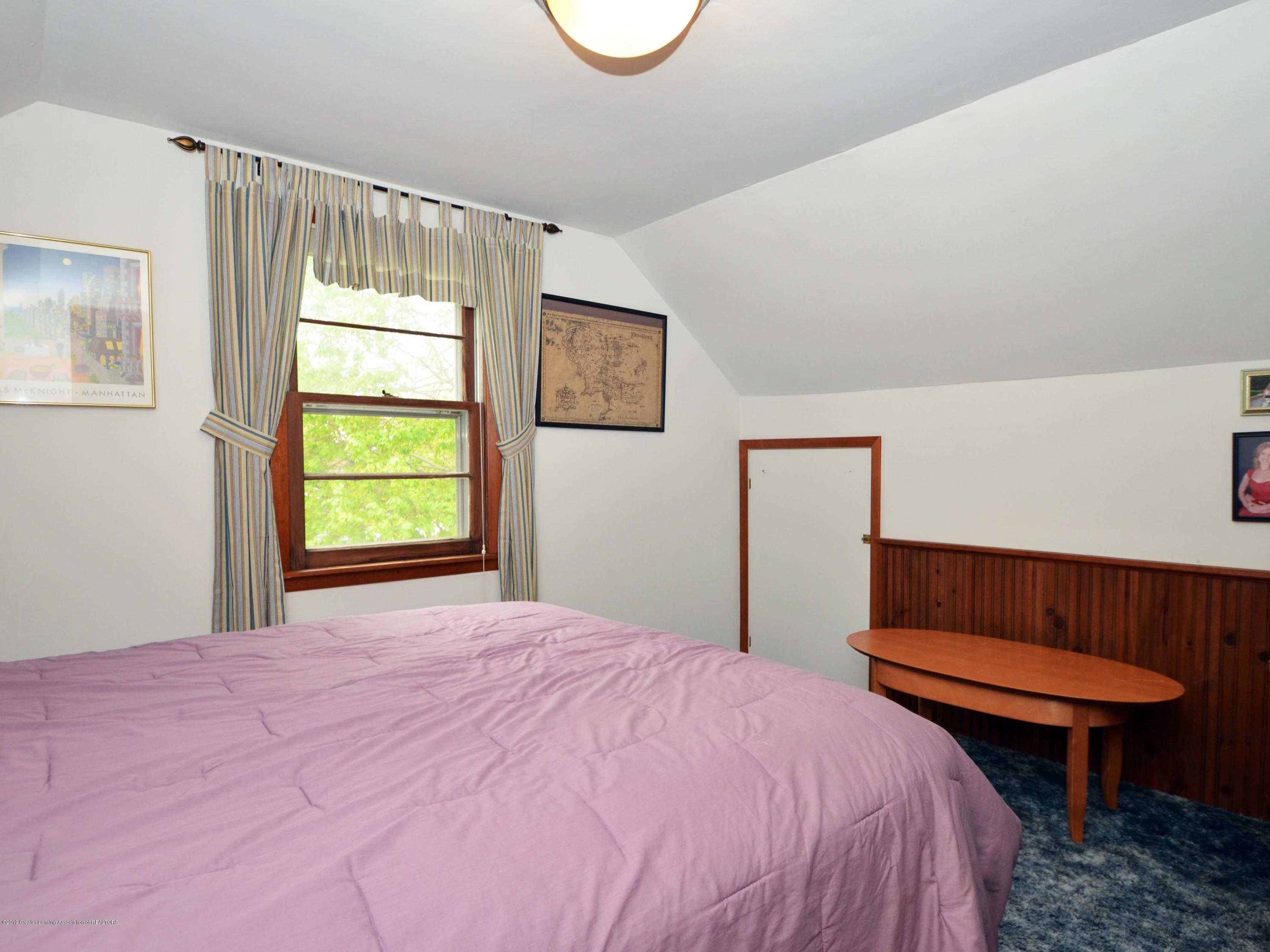 4962 Wilcox Rd - 18Upper Level Bedroom1 - 18