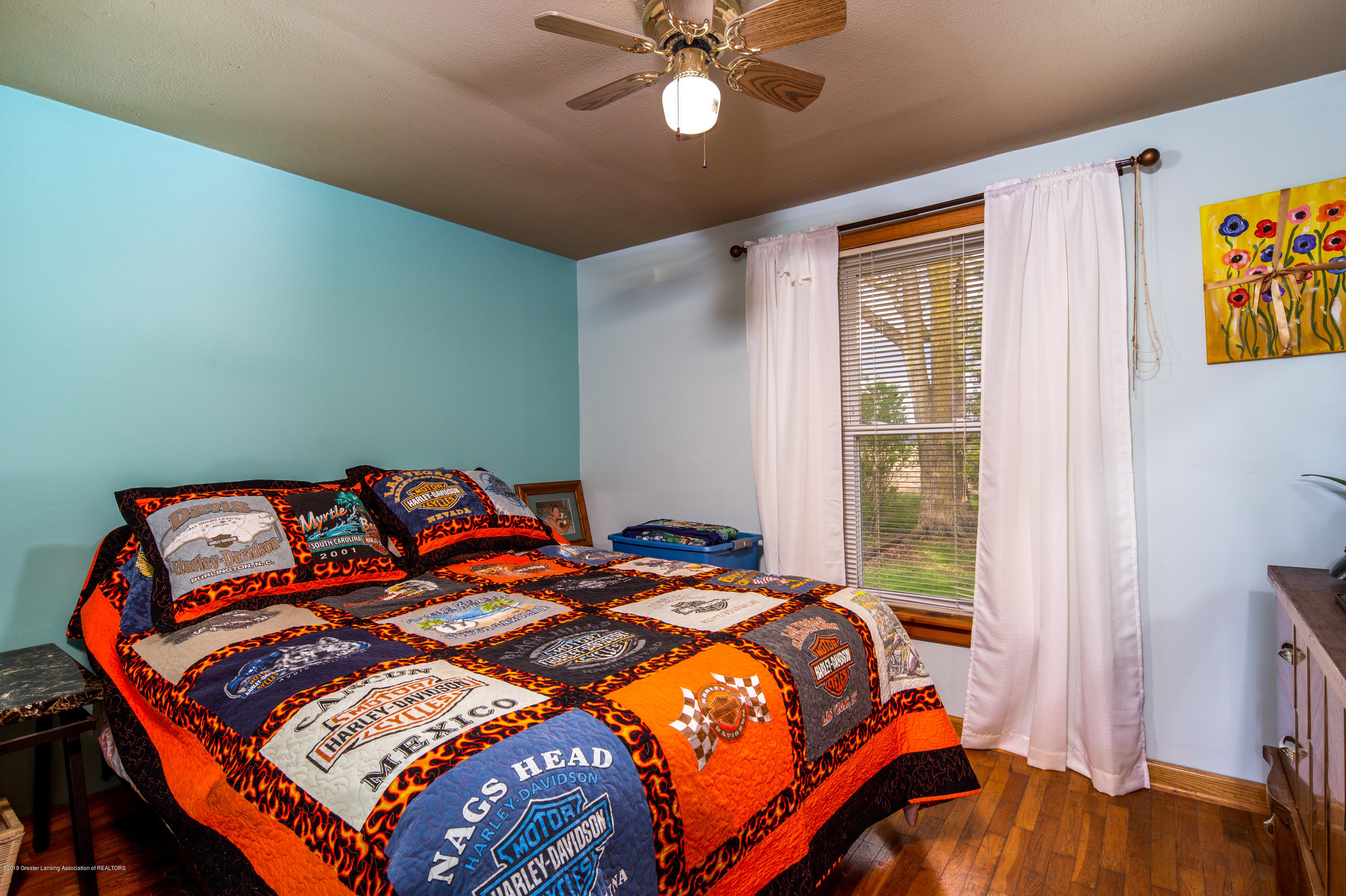 1325 W Grant Rd - Bedroom - 12