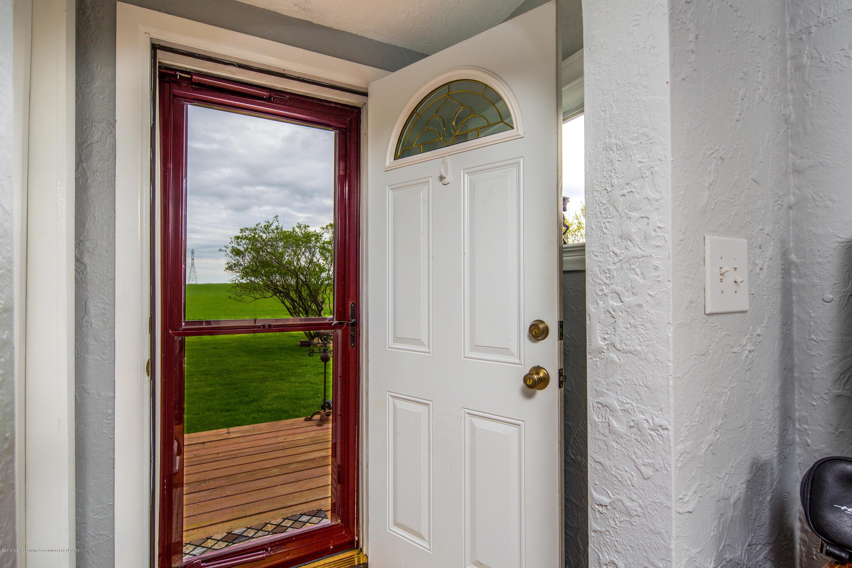 1325 W Grant Rd - Front Door - 3